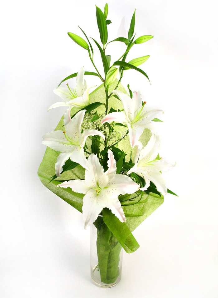 Оформить букет из лилий своими руками